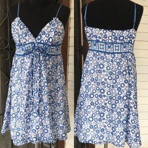 Studio M Blue & White floral sundress. Small